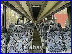MCI 54 SEAT COACH BUS-DIESEL 1999 Detroit 60 series